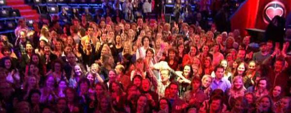Publiek publiek gevraagd voor tv opnames publiek gezocht voor tv opnames - Foto van de show ...